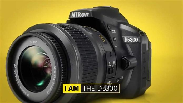 A diferença de preço entre os dois modelos é de R$ 220. (Foto: Divulgação/Nikon)