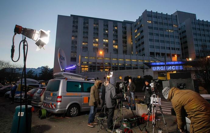 Michael Schumacher hospital imprensa (Foto: Reuters)