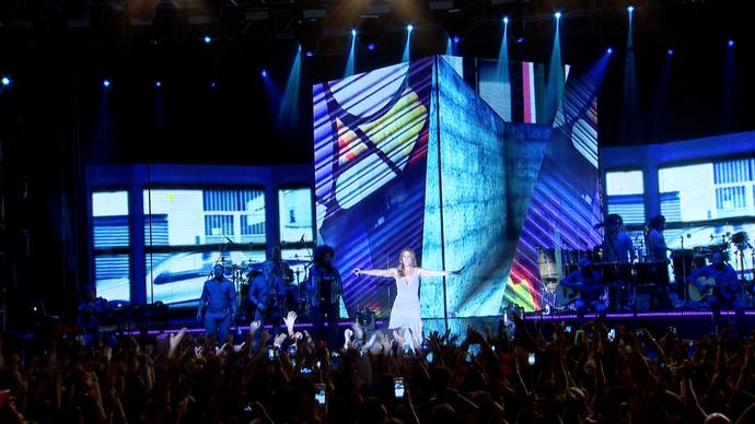 Ivete durante show de lançamento do DVD em Vitória (Foto: Divulgação / TV Gazeta ES)