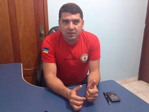 Tenente-coronel do Corpo de Bombeiros do Amapá, Rogério Ramos (Foto: John Pacheco/G1)