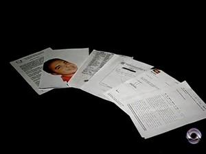 Documentos comprovam que homem realizou falsidade ideológica e se passou por médico para atender em pronto atendimento de hospitais (Foto: Reprodução RBS TV)