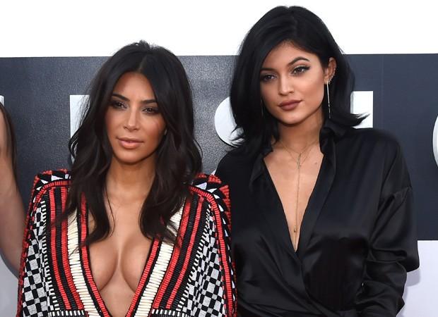 Kim Kardashian e Kylie Jenner (Foto: Reprodução)