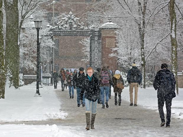 Campus de Yale no inverno (Foto: Michael Marsland/ Yale)