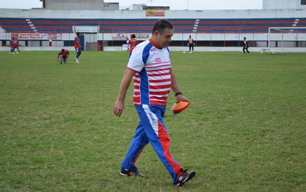 Ubirajara Veiga diz que time reviveu atuação contra o CSA (Foto: Felipe Martins/GLOBOESPORTE.COM)