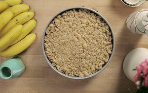 Aprenda a fazer farofa crocante doce (streusel)