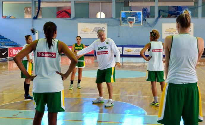 Luiz Zanon técnico Seleção feminina de basquete (Foto: Danilo Sardinha/GloboEsporte.com)