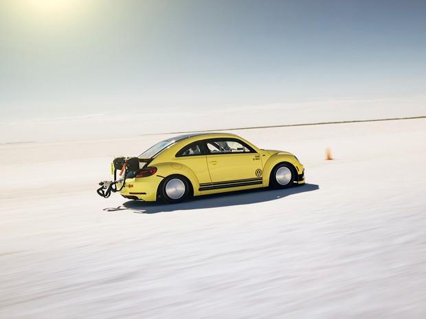 Volkswagen Beetle LSR bate recorde com 328 km/h (Foto: Divulgação)