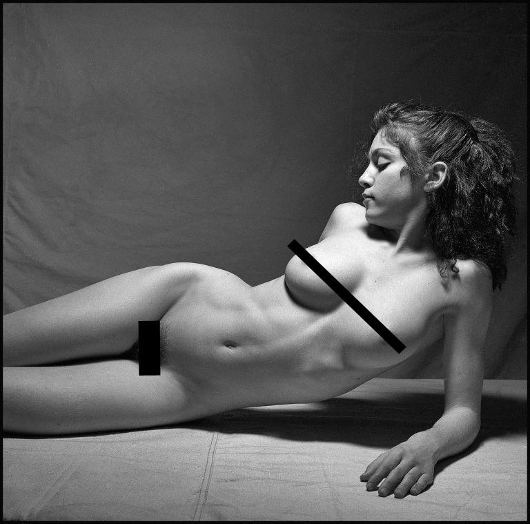 Madonna nua aos 20 anos (Foto: Divulgação)
