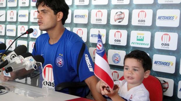 Fahel e o filho (Foto: Raphael Carneiro/Globoesporte.com)