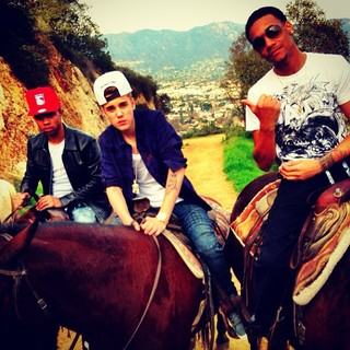 Justin Bieber e Lil Za (Foto: Instagram / Reprodução)