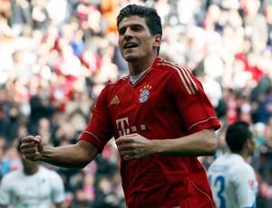 Mario Gomez bayern de munique gol Hoffenheim (Foto: Agência AP)