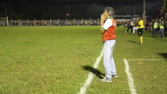 Roberto Oliveira acumula seis títulos como técnico no Tocantinense (Foto: Vilma Nascimento/GloboEsporte.com)