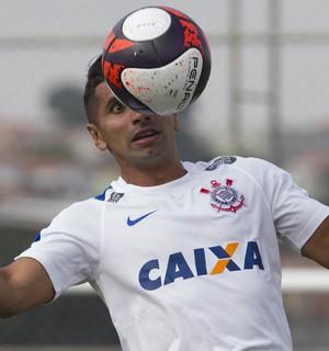Com dores no joelho, Guilherme pode desfalcar o Corinthians na quarta-feira