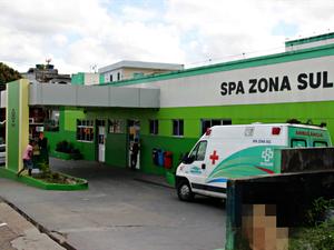 Homem foi levado ao SPA da Zona Sul mas não resistiu aos ferimentos (Foto: Suelen Gonçalves/G1AM)