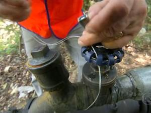 Interdição de bombas de irrigação em Piedade (Foto: Ana Carolina Levorato/G1)