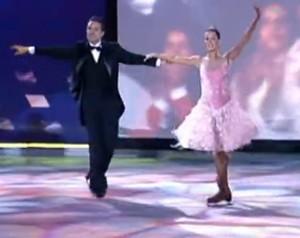 Deborah Secco na Dança no Gelo, em 2006 (Foto: Domingão do Faustão / TV Globo)