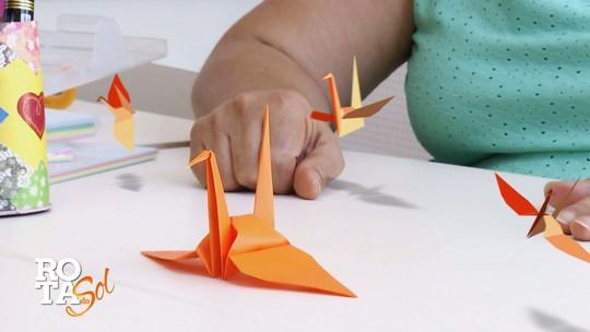Como fazer origami de tsuru