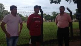 'Está bem': pai do goleiro Danilo recebe  ligação (Bruna Kobus/RPC)