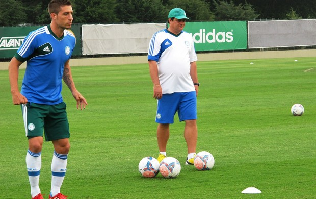 Eguren, treino do Palmeiras (Foto: Marcelo Hazan)