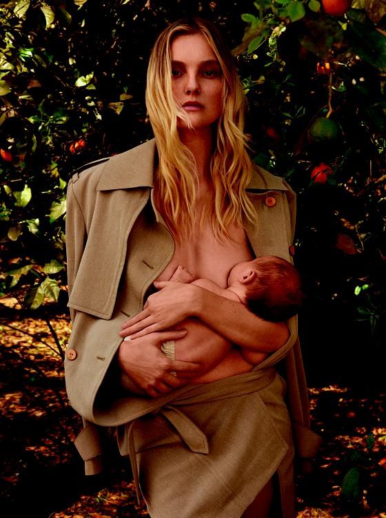 A top Carol Trentini posou com seu filho para uma capa que deu o que falar (Foto: Divulgação)