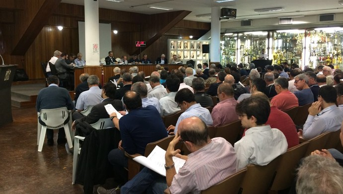 Reunião do Conselho do Santos (Foto: Bruno Giufrida)