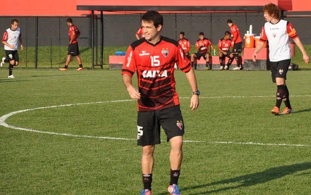 Pipico, atacante do Atlético-GO (Foto: Guilherme Gonçalves/Globoesporte.com)