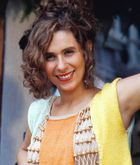 Tônia (Andréa Beltrão)
