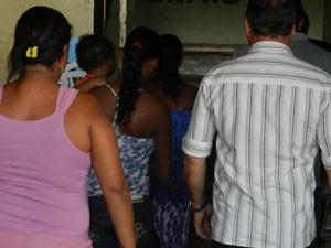 Família afirma que ainda está com medo (Foto: Felipe Santos/G1)