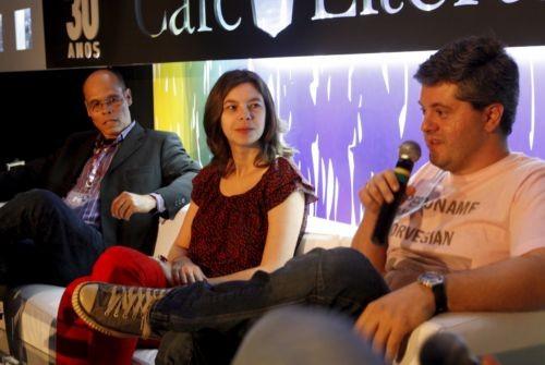 Foto (Foto: Evando Nascimento (à esquerda), Veronica Stigger e Ricardo Lísias (Foto de Gustavo Stephan))