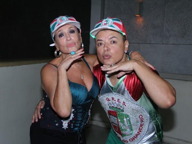 Susana Vieira e David Brazil no ensaio da Grande Rio em Duque de Caxias, na Baixada Fluminense do Rio (Foto: Rodrigo dos Anjos/ Ag. News)