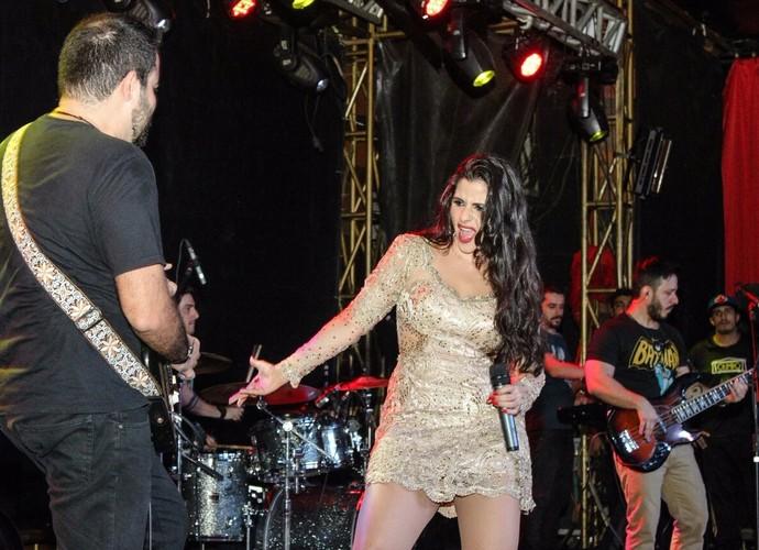 Myra Calado faz caras e bocas em seus shows (Foto: Arquivo Pessoal)