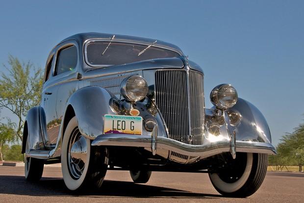 Ford Model 68 Deluxe Tudor Touring Sedan 1936 de aço inoxidável é um de seis feitos (Foto: Divulgação)