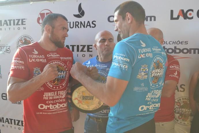 Dirlei Mão de Pedra e Alfonso Garrido Jungle FIght MMA (Foto: Raphael Marinho)