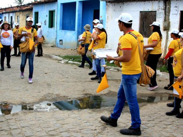 Trabalho dos profissionais da Brigada Itinerante  (Foto: Divulgação/Ascom/SES)