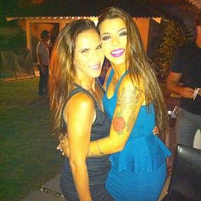 Fabiana Sá com a filha Petra Mattar em festa no Rio (Foto: Instagram/ Reprodução)