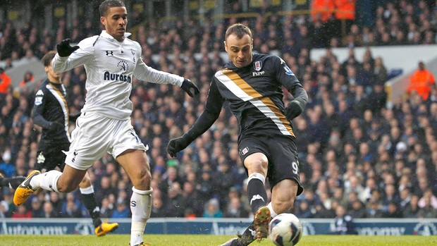 Berbatov Fullham jogo Tottenham (Foto: Reuters)