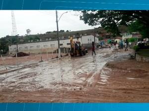 Lajedinho após chuva neste sábado (1º). Bahia (Foto: Alex Reis/ Arquivo Pessoal)