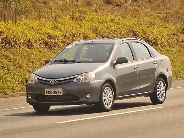 Toyota Etios Sedan tem três opções de pacotes de série (Foto: Teylor Soares/G1)