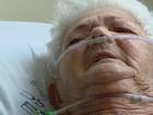 Aposentada que precisa de cirurgia é transferida para hospital em Alfenas