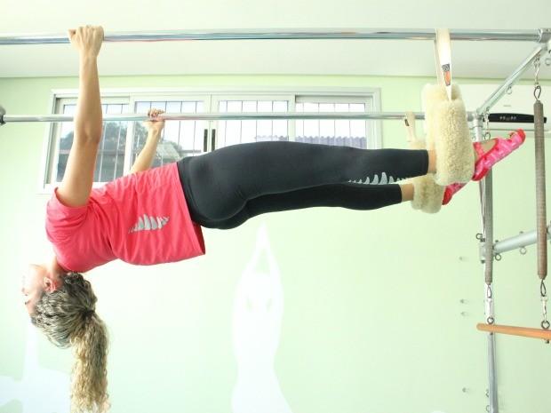 Técnica respeita o limite de cada aluno (Foto: Girlene Medeiros/G1 AM)