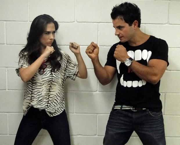 Tatá Werneck e Anderson di Rizzi se desafiam (Foto: Caldeirão do Huc/ TV Globo)