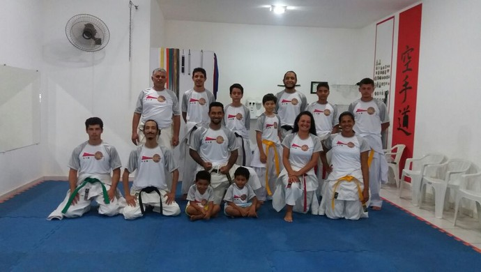 Flávio dá aulas para turmas de crianças e adultos (Foto: Flávio Cirino/Arquivo pessoal)