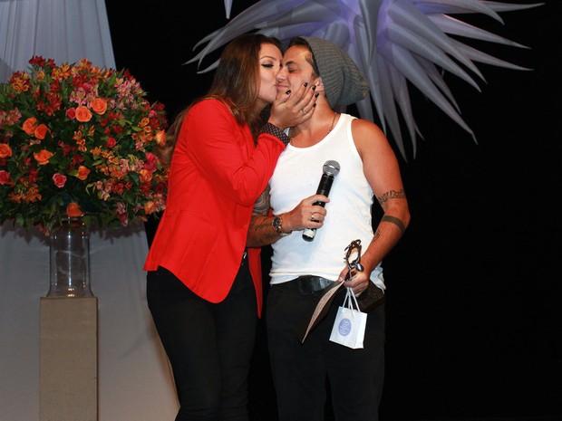 Thammy Miranda e Andressa Ferreira em prêmio em São Paulo (Foto: Celso Tavares/ EGO)