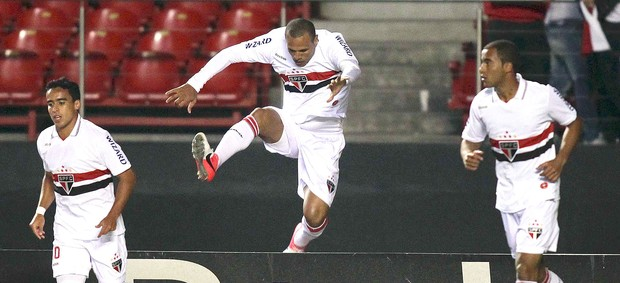Luis Fabiano, S&#227;o Paulo x Botafogo (Foto: Wagner Carmo / Vipcomm)