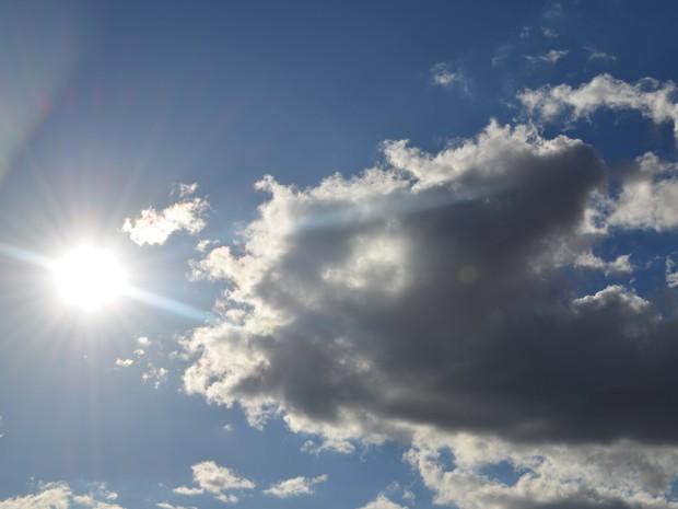 Dia ensolarado em todo o Cone Sul de RO, neste sábado, 13 (Foto: Denis Weber/G1)