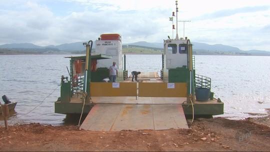 Falta de manutenção em balsas deixa moradores sem transporte na região do Lago de Furnas