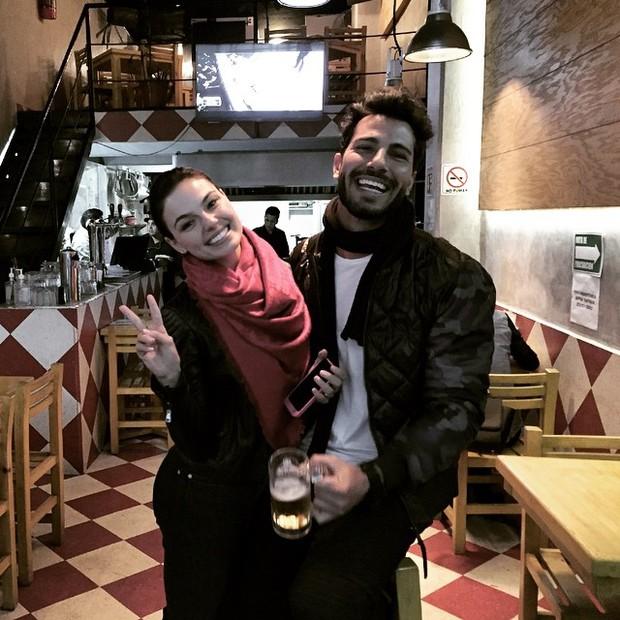 Isis Valverde e Uriel Del Toro (Foto: Reprodução/Instagram)