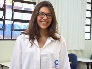Amanda Dantas Pereira conquistou uma vaga no curso de química (Foto: Kalinka Bacacicci/G1)