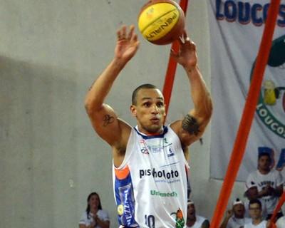 Alex Garcia, Bauru Basket x Francana (Foto: Henrique Costa/ Bauru Basket)