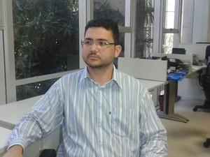 Neurologista Marcelo Adriano Vieira diz que não há uma epidemia  (Foto: Catarina Costa/G1)